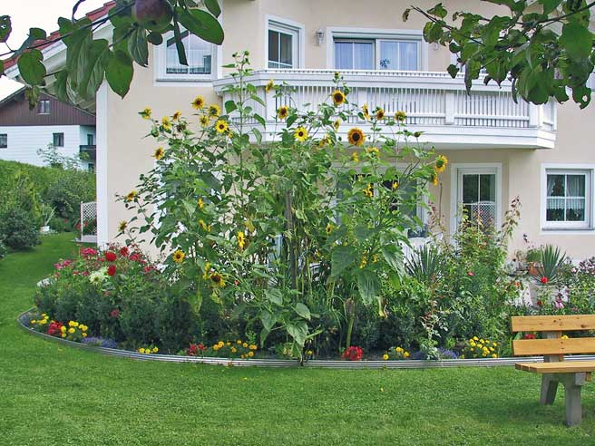 Bordura giardino zn quartocerchio 150x15 inderst for Bordura giardino prezzo
